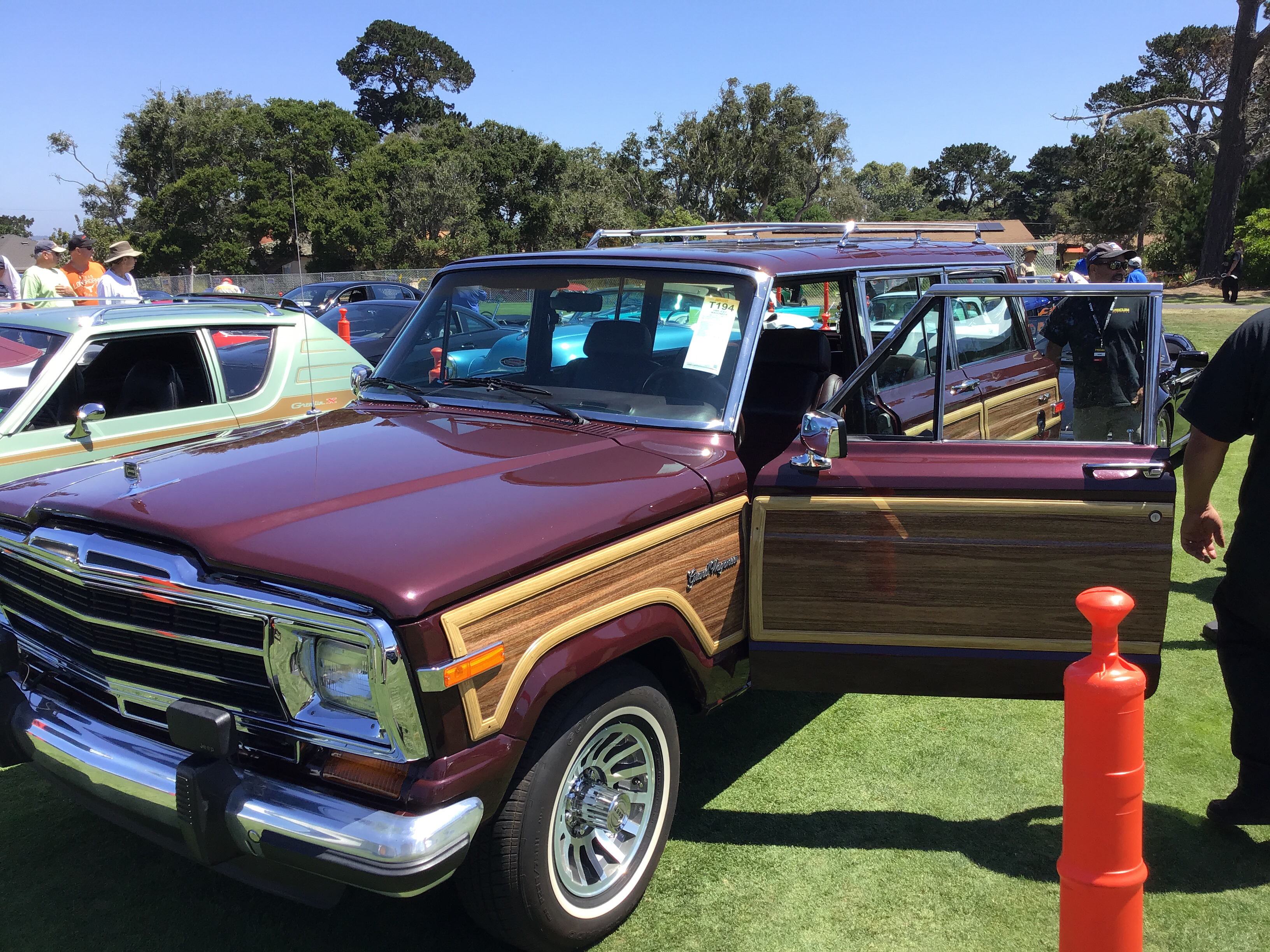 1991 Jeep Grand Wagoneer Values | Hagerty Valuation Tool®